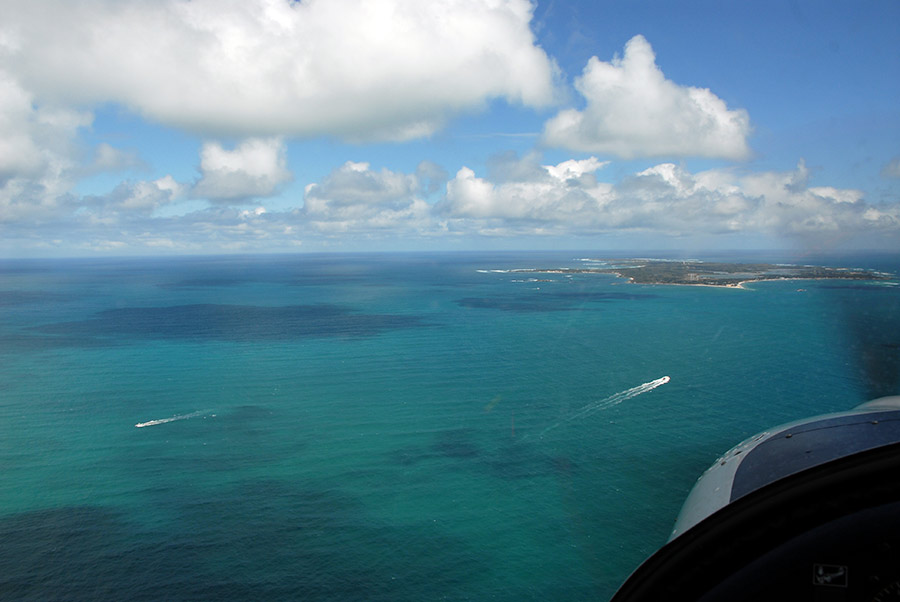 Long finals RWY 27 for Rottnest island (YRTI)